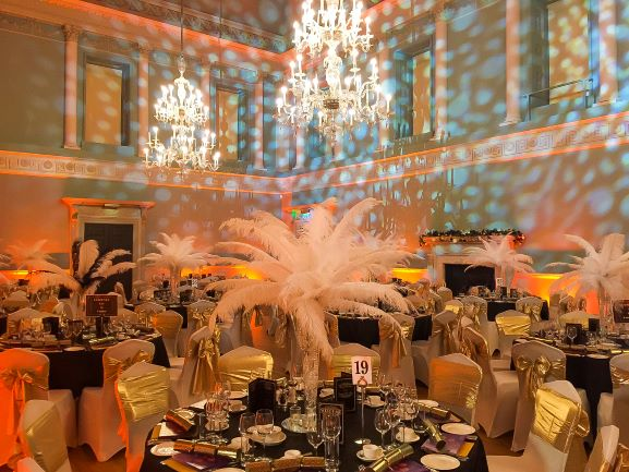 White Feather Ball Table Centres