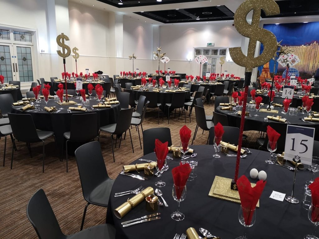 Dollar Sign Table Centres