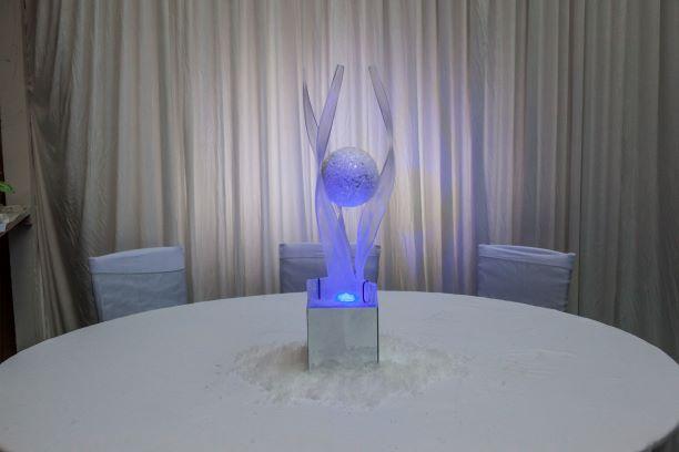 Tall Crystal Ball Table Centres