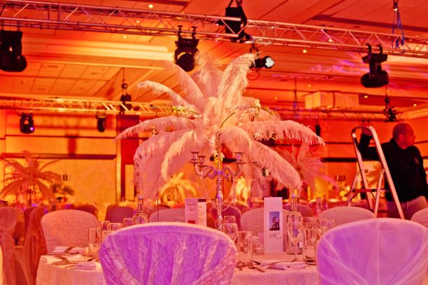 White Feather Table Centres